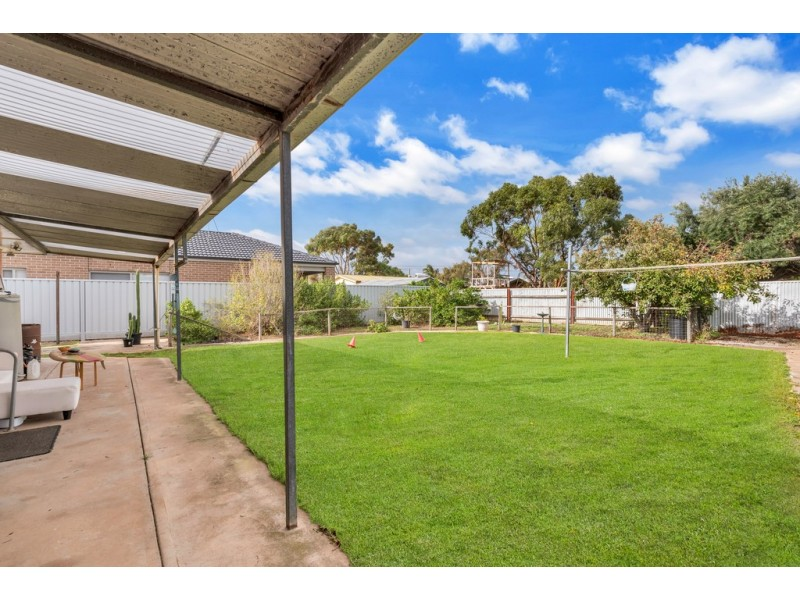 4 Irving Road, Aldinga Beach SA 5173