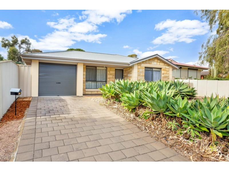 34 Haseldene Drive, Christie Downs SA 5164