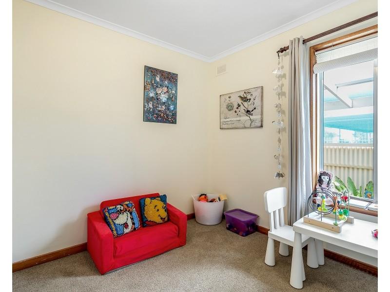 10 Fremantle Road, Port Noarlunga South SA 5167