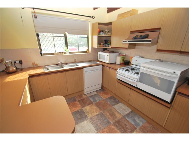 12 Manning Rd, Aberfoyle Park SA 5159