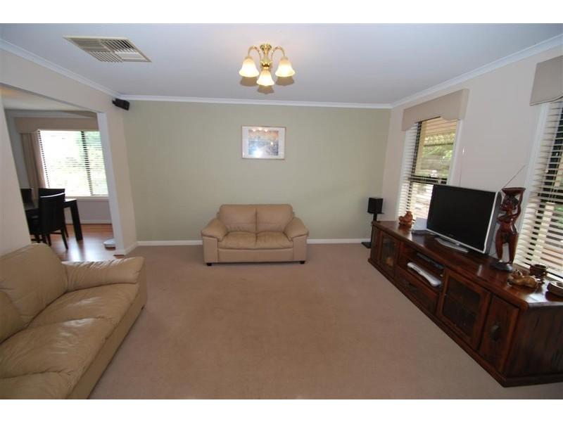 39 Greenfield Rise, Aberfoyle Park SA 5159