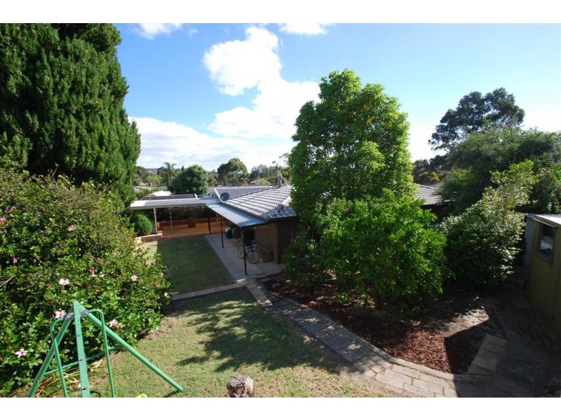 10 Sunset Court, Aberfoyle Park SA 5159