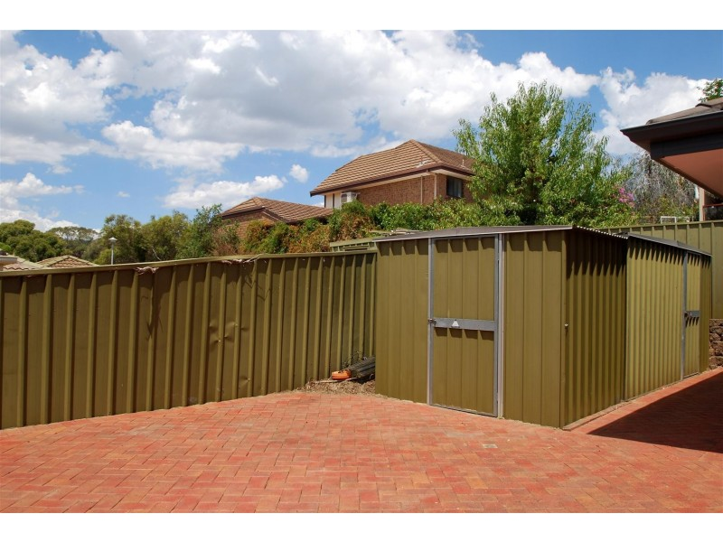 15 Bennett Close, Aberfoyle Park SA 5159