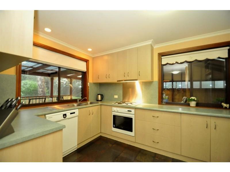 23 Dunalbyn Drive, Aberfoyle Park SA 5159