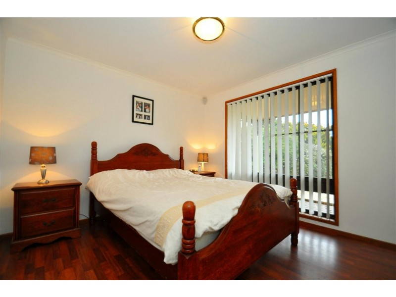 21 Banksia Road, Aberfoyle Park SA 5159