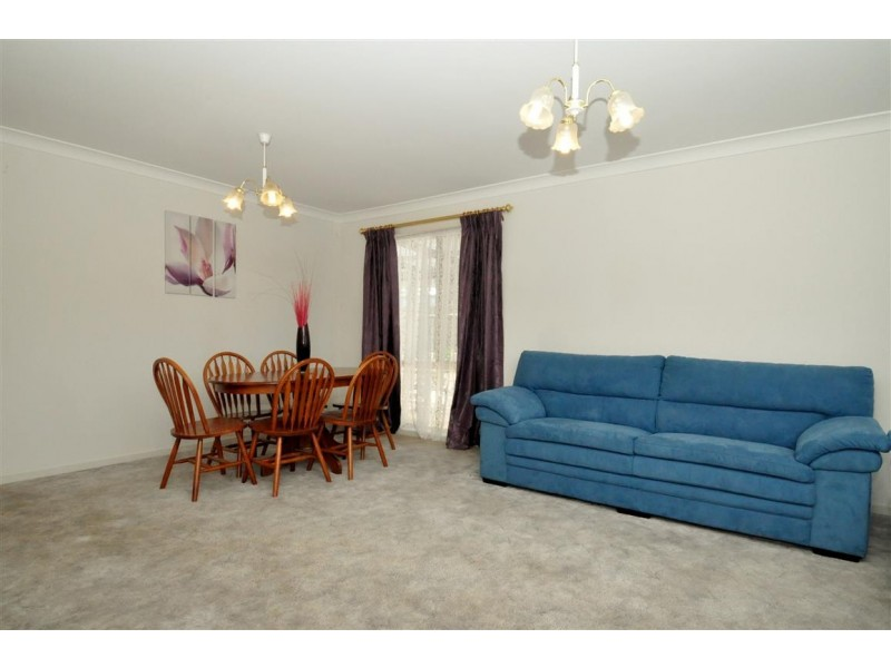 27 Jeanette Crescent, Aberfoyle Park SA 5159