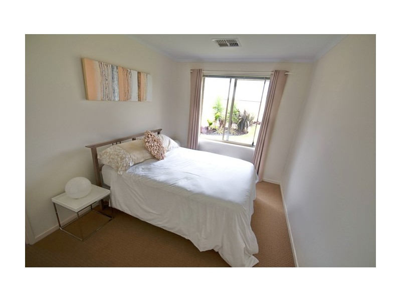 24 Banksia Avenue, Aldinga Beach SA 5173