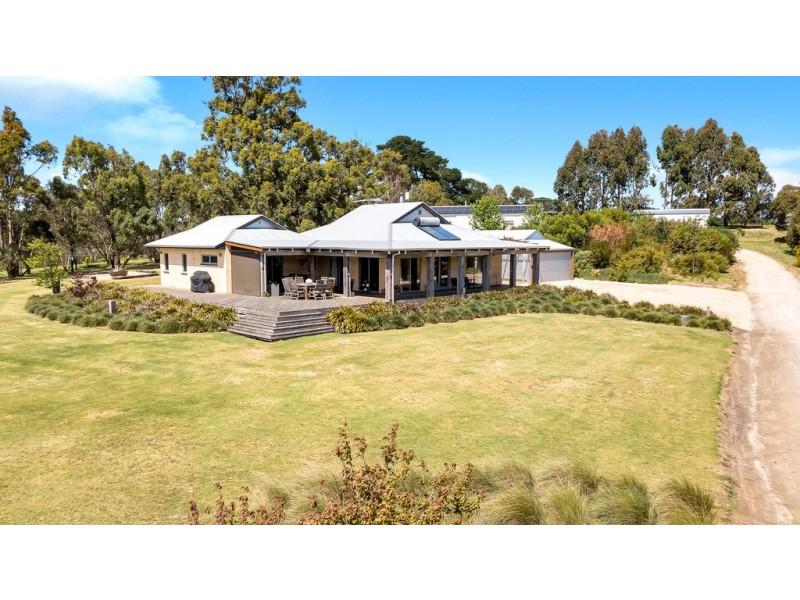 19 Bishop Road, Willunga Hill SA 5172