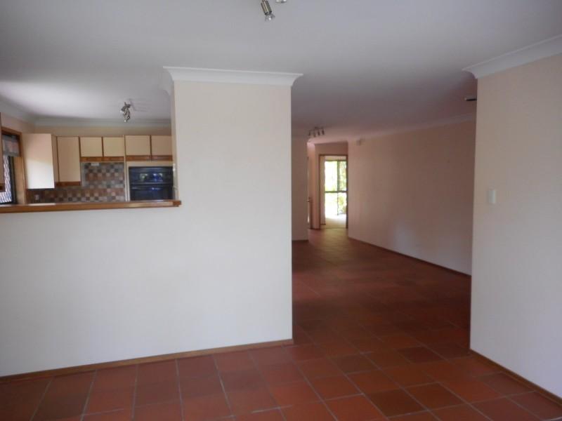 46 Highview Tce, Daisy Hill QLD 4127