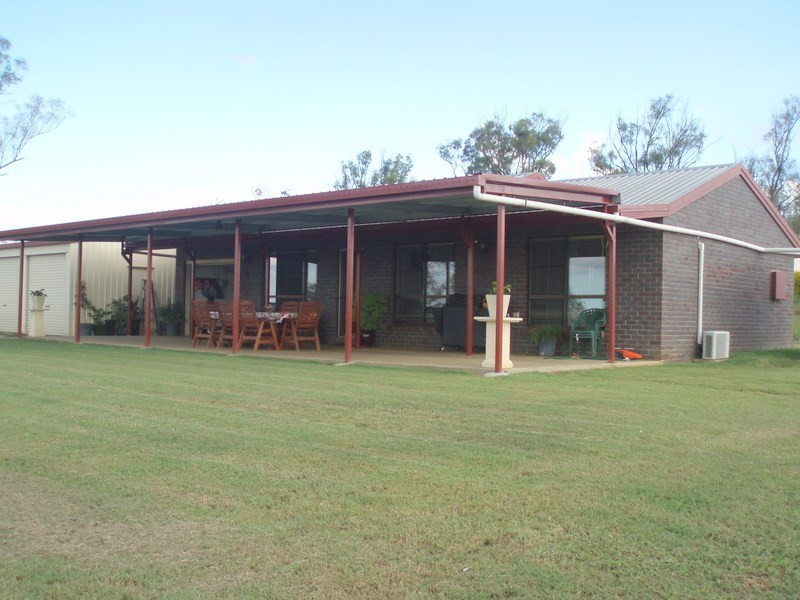 101 Bond Road, Alton Downs QLD 4702
