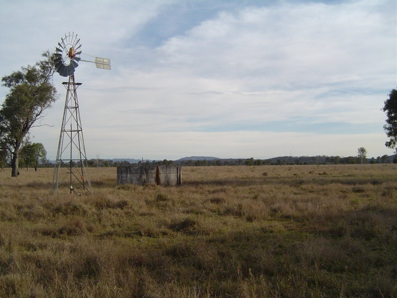 - Nine Mile Road, Fairy Bower QLD 4700