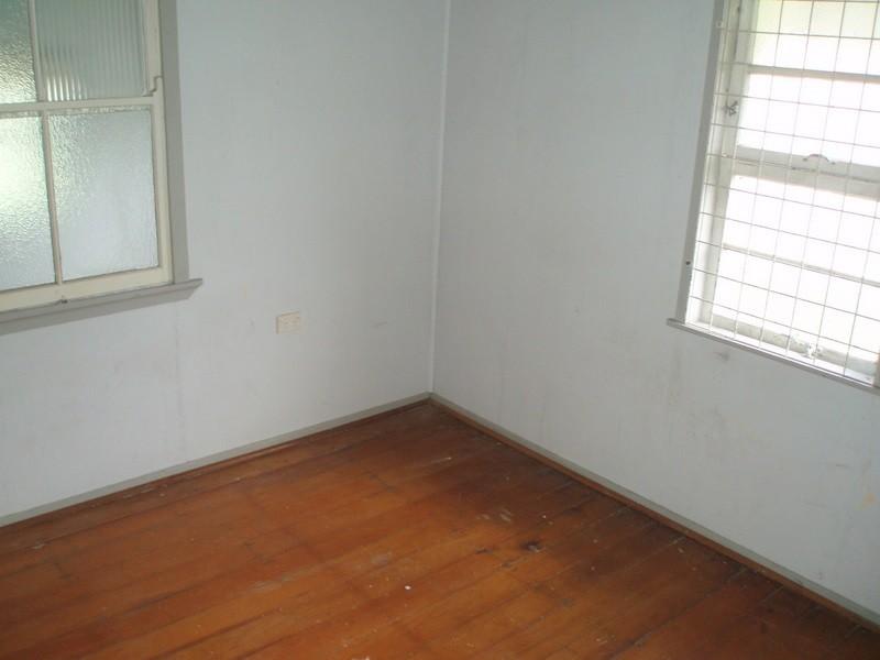 30 Gillespie Street, Wandal QLD 4700