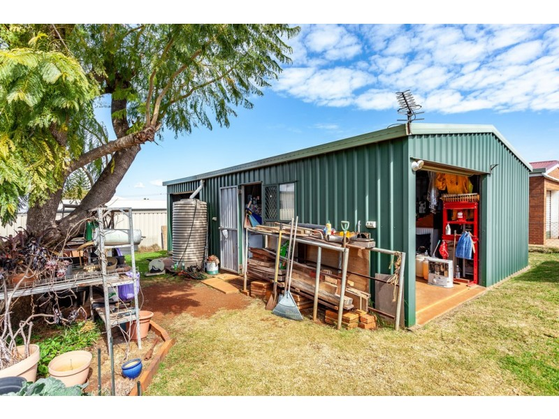 338 North Street, Wilsonton QLD 4350