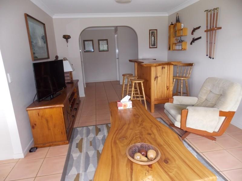 34 Nth Kerton Rd, Nanango QLD 4615