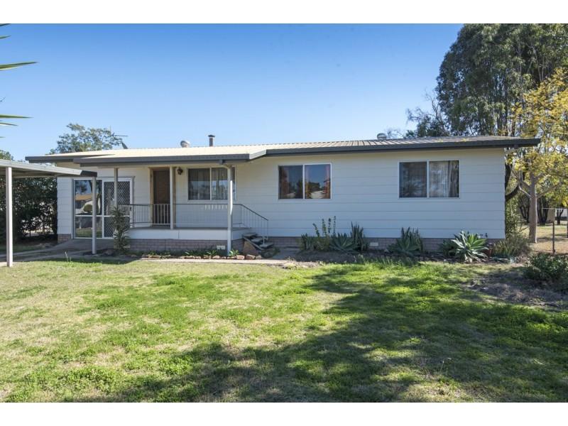 37 Florence Street, Millmerran QLD 4357