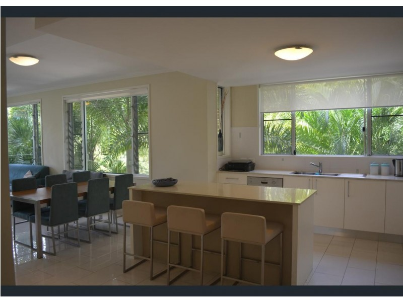 2/15 FLAME TREE COURT, Airlie Beach QLD 4802