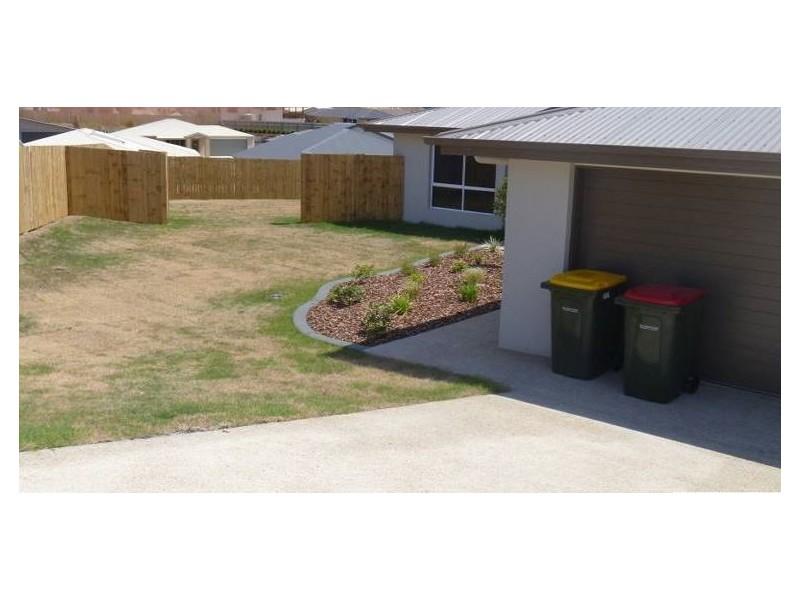 Kirkwood QLD 4680