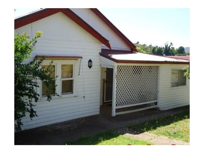Adelong NSW 2729