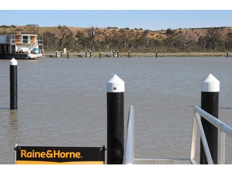 Berth No. 38 (Lot 43) Pelican Drive, Mannum Waters Marina, Mannum SA 5238