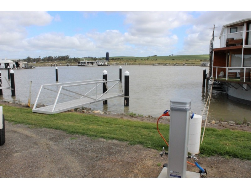Berth No. 70 (Lot 68) Pelican Drive, Mannum Waters Marina, Mannum SA 5238