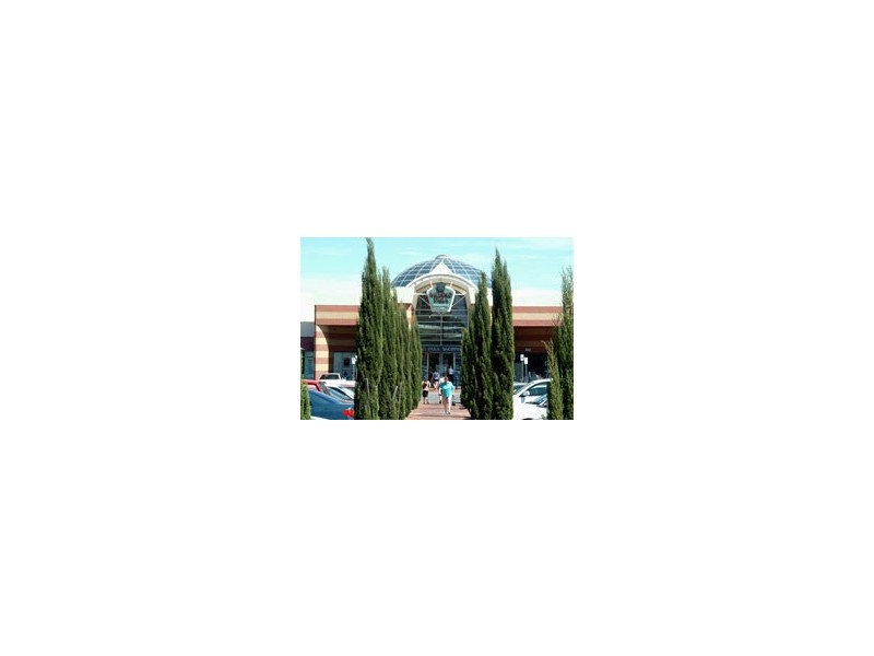 8 Windsor Court, Craigmore SA 5114