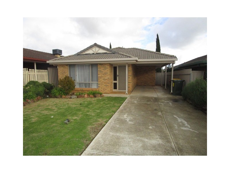 12 Glastonbury Way, Craigmore SA 5114