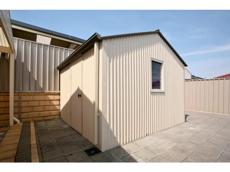 15 Surrey Court, Craigmore SA 5114