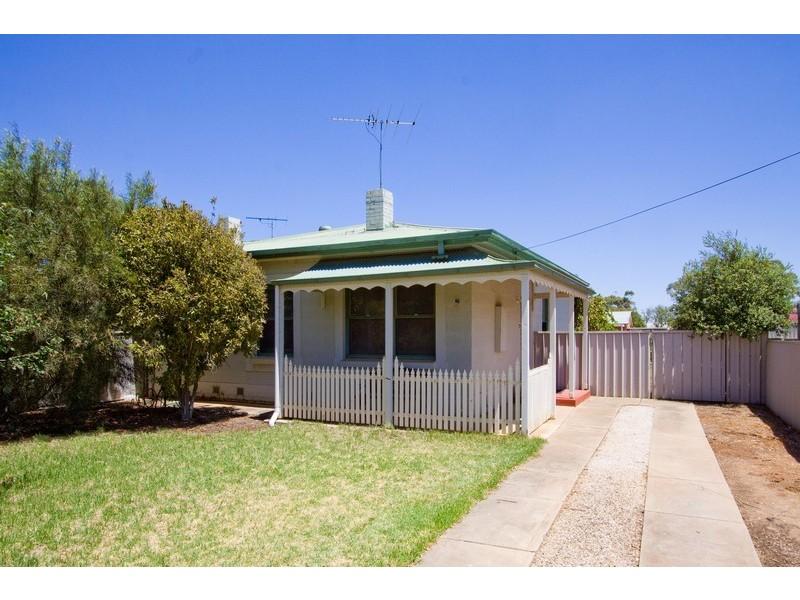 13 Old Sarum Road, Elizabeth North SA 5113