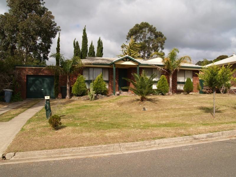 16 Tangara Drive, Aberfoyle Park SA 5159