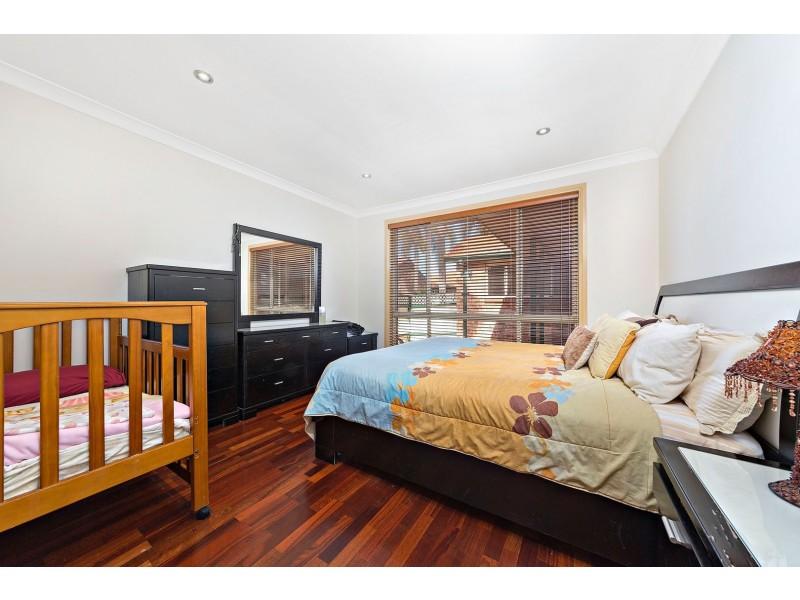 6/77 Boronia Road, Greenacre NSW 2190