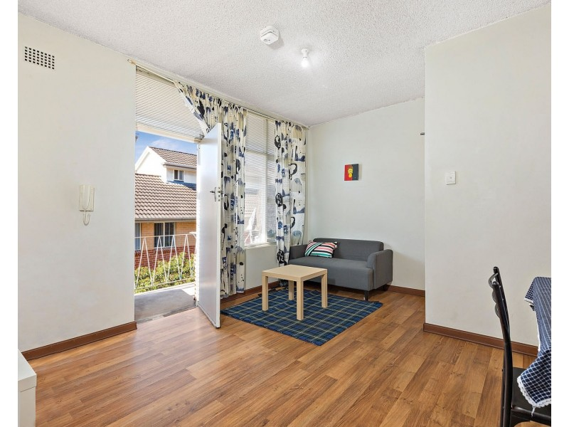 9/33 Alt Street, Ashfield NSW 2131