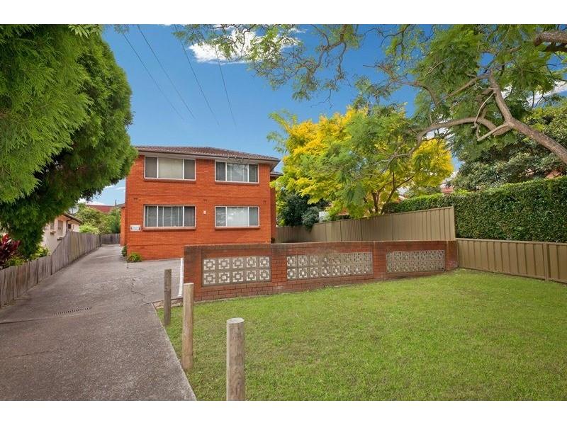 6 Lincoln Street, Campsie NSW 2194