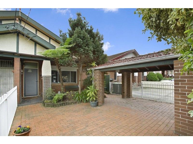 85 Seventh Avenue, Campsie NSW 2194