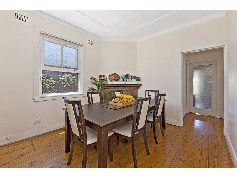 2 Alma Avenue, Campsie NSW 2194