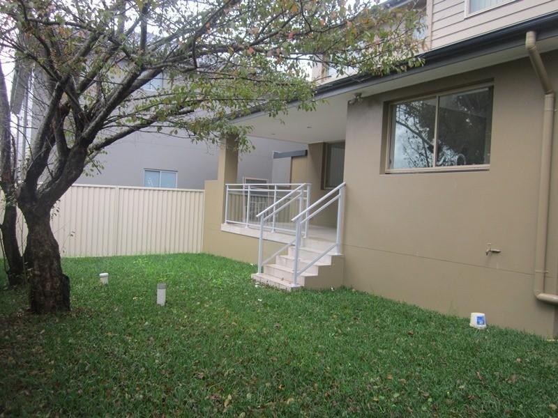 2a Kerrinea Road, Sefton NSW 2162