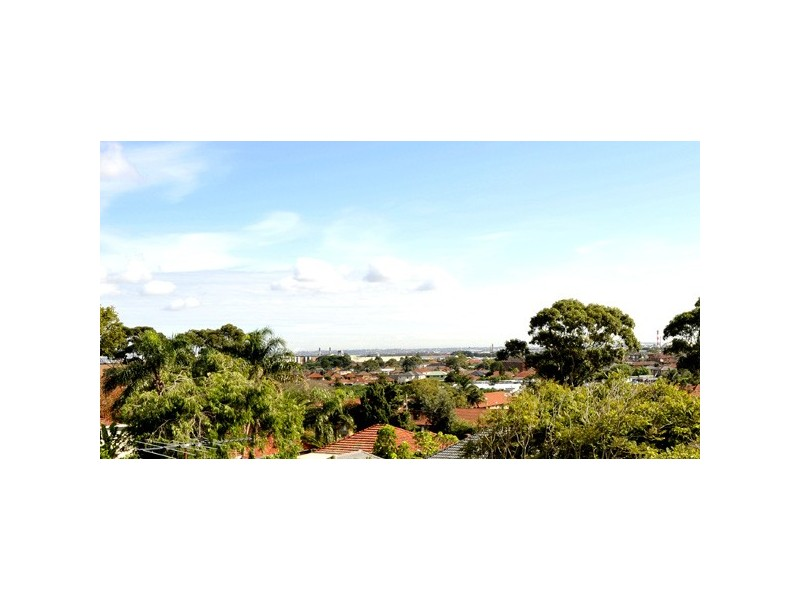 10 Carnegie Circuit, Chifley NSW 2036