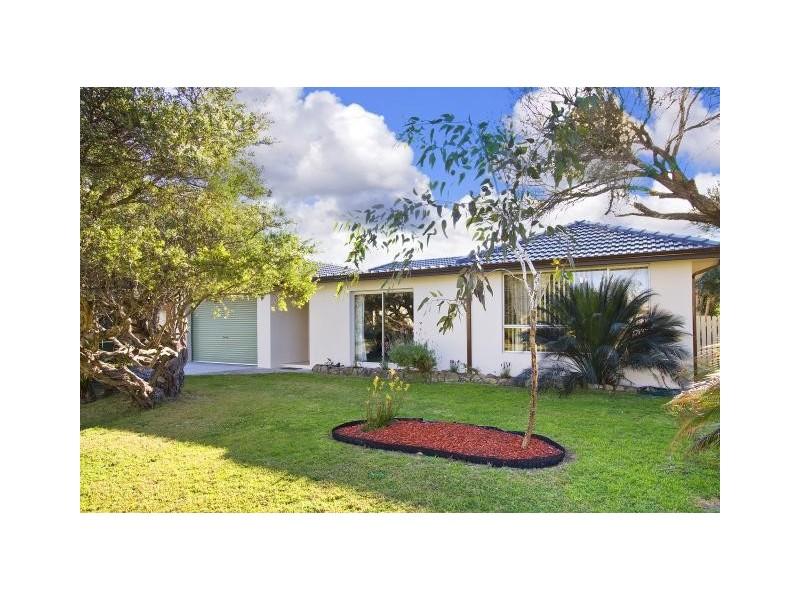 17 Kurrawa Ave, Kiama Downs NSW 2533