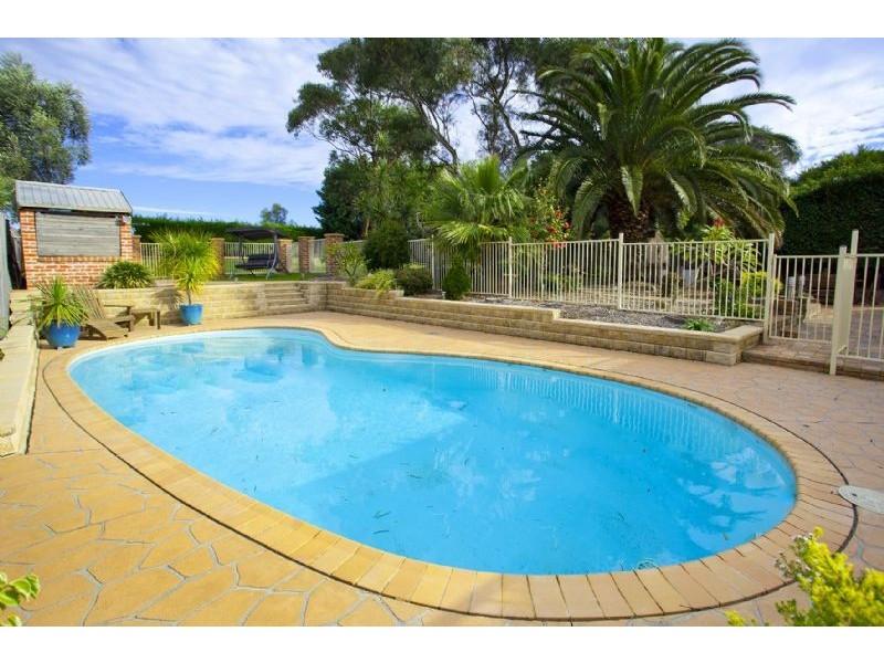 60 Barton Drive, Kiama Downs NSW 2533