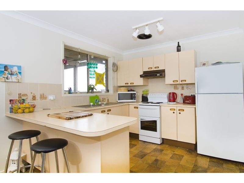 87 Barton Drive, Kiama Downs NSW 2533