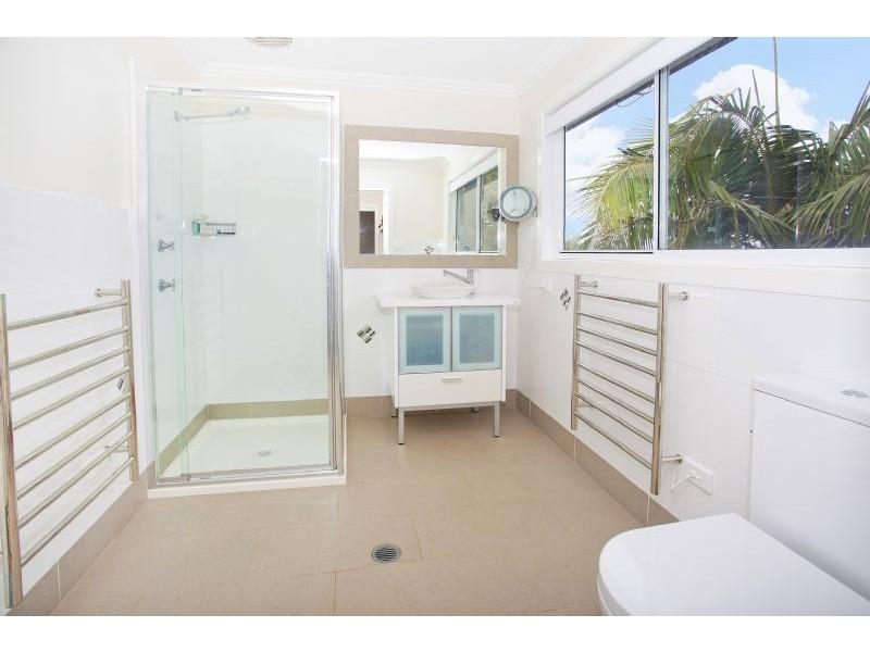 11 Hoolong Avenue, Kiama Downs NSW 2533