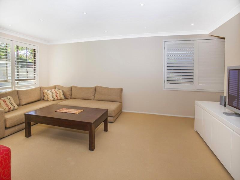 74 Kiarama Avenue, Kiama Downs NSW 2533