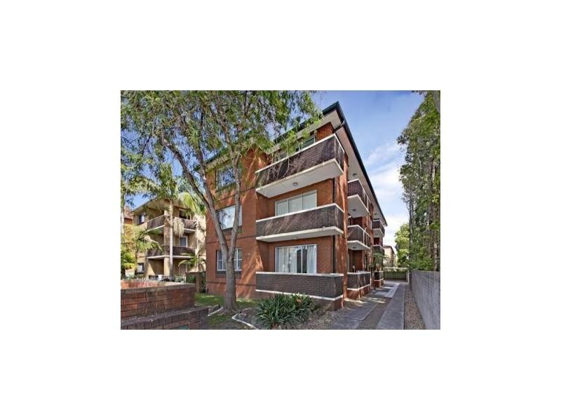 1/124 Bland Street, Ashfield NSW 2131