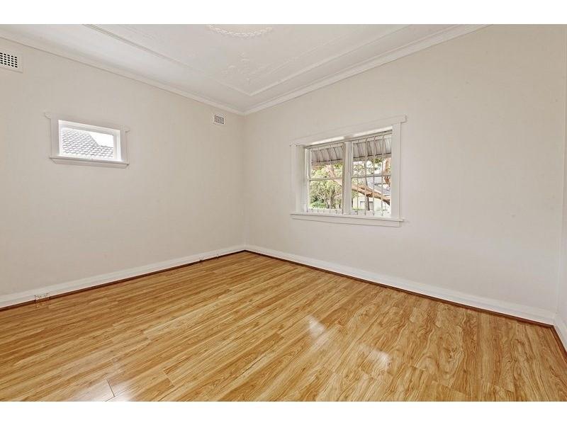 137 Campsie Street, Campsie NSW 2194
