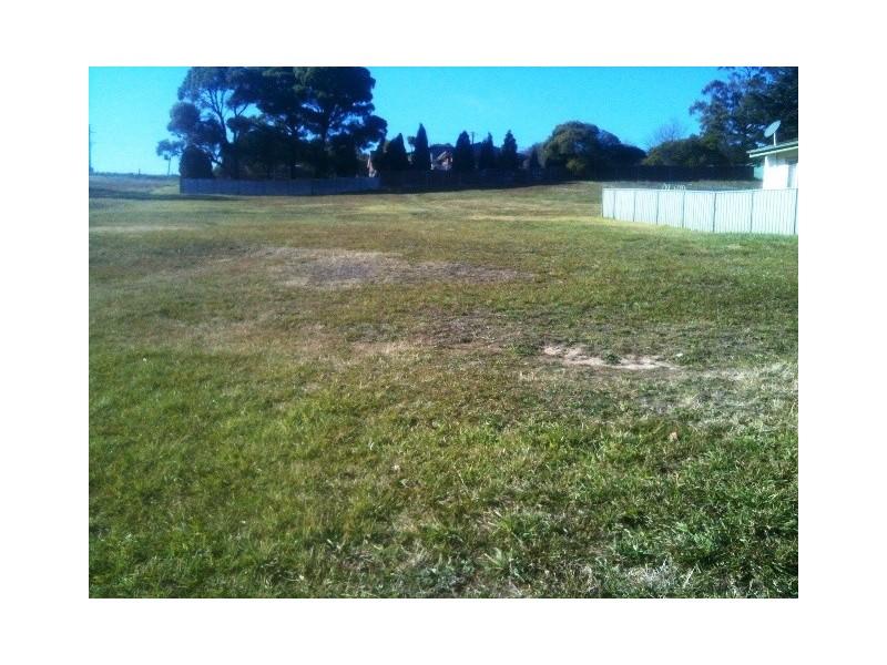 90 Landa St, Lithgow NSW 2790