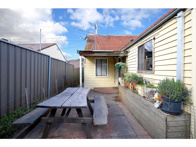 128 Inch Street, Lithgow NSW 2790