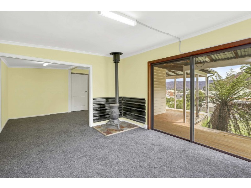 8 Berry Street, Lithgow NSW 2790