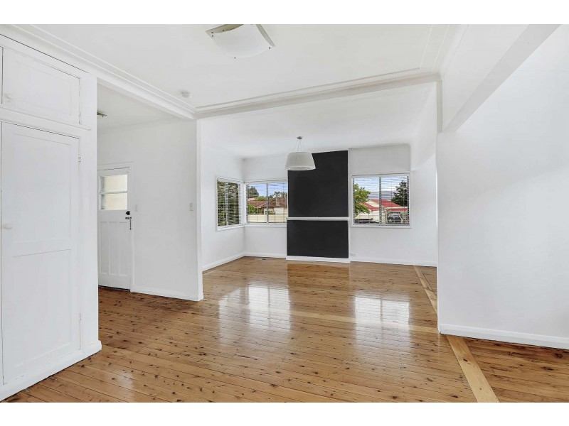 90 Rabaul St, Lithgow NSW 2790