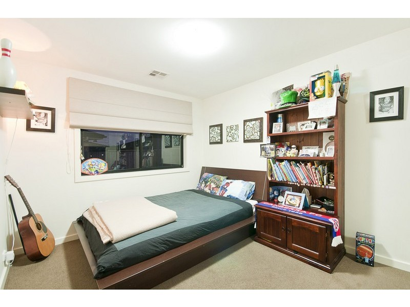 18 Gavin Long Street, Franklin ACT 2913