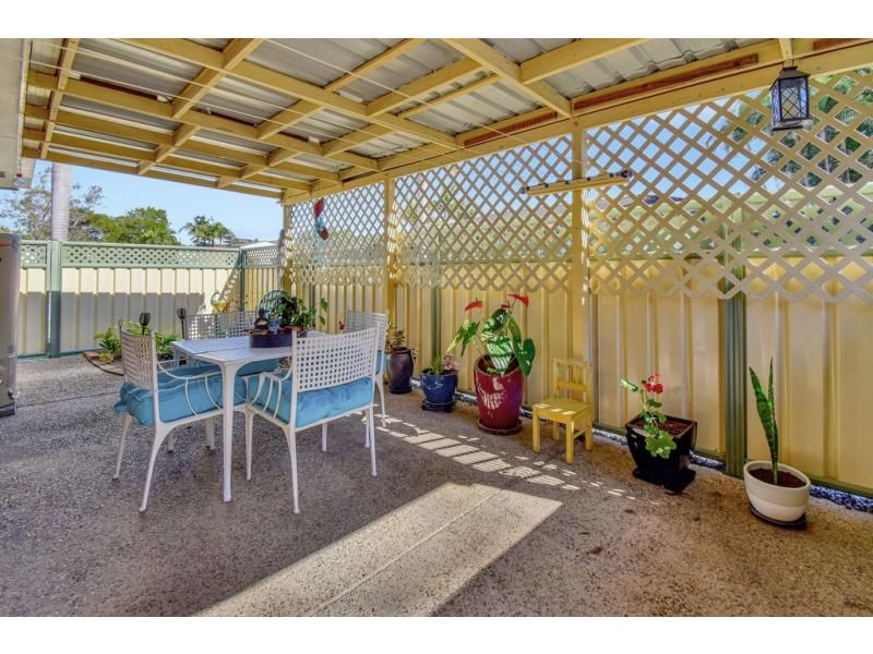 1/96 Beerburrum Street, Battery Hill QLD 4551