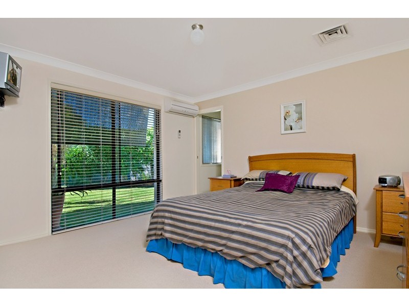 1 Edwardson Drive, Pelican Waters QLD 4551